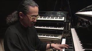 「T-SQUARE」のピアニスト、キーボーディスト 和泉宏隆さんが、4月26日に逝去されました。 弊社では「T-SQUARE」の徹底解析シリーズにて スタジオライブを収録させて ...