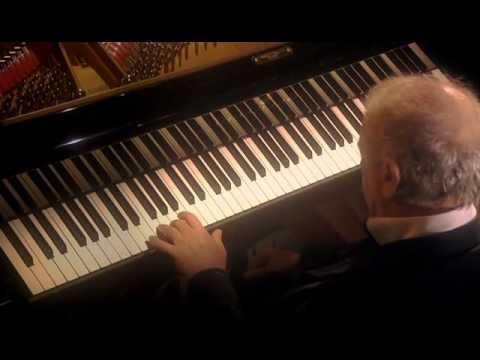 Beethoven, Sonata para piano Nº 28 en La mayor Opus 101. Daniel Barenboim, piano