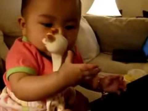 Жирафик Софи поможет малышу снять боль в десенках