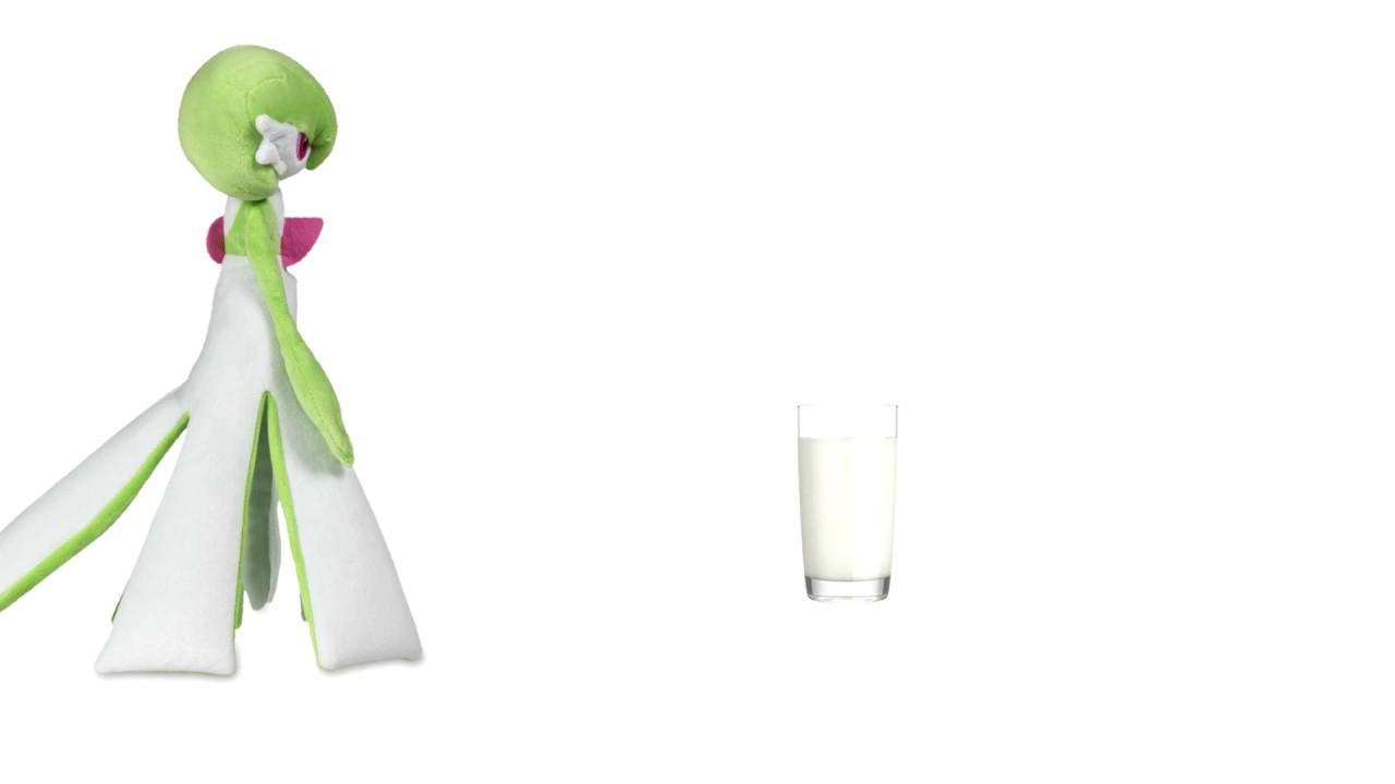 Gardevoir Milk gardevoir drinks a glass of milk