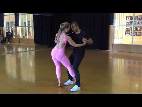 Super Martinez - Viral Este Baile Sensual de Esta Pareja