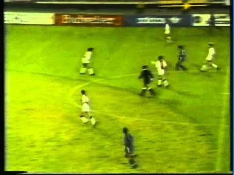 1990 (May 14) Ajax Amsterdam (Holland) 1-USA 1 (Friendly).mpg