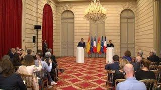 Macron y Sánchez propondrán a la UE crear centros para inmigrantes en suelo europeo