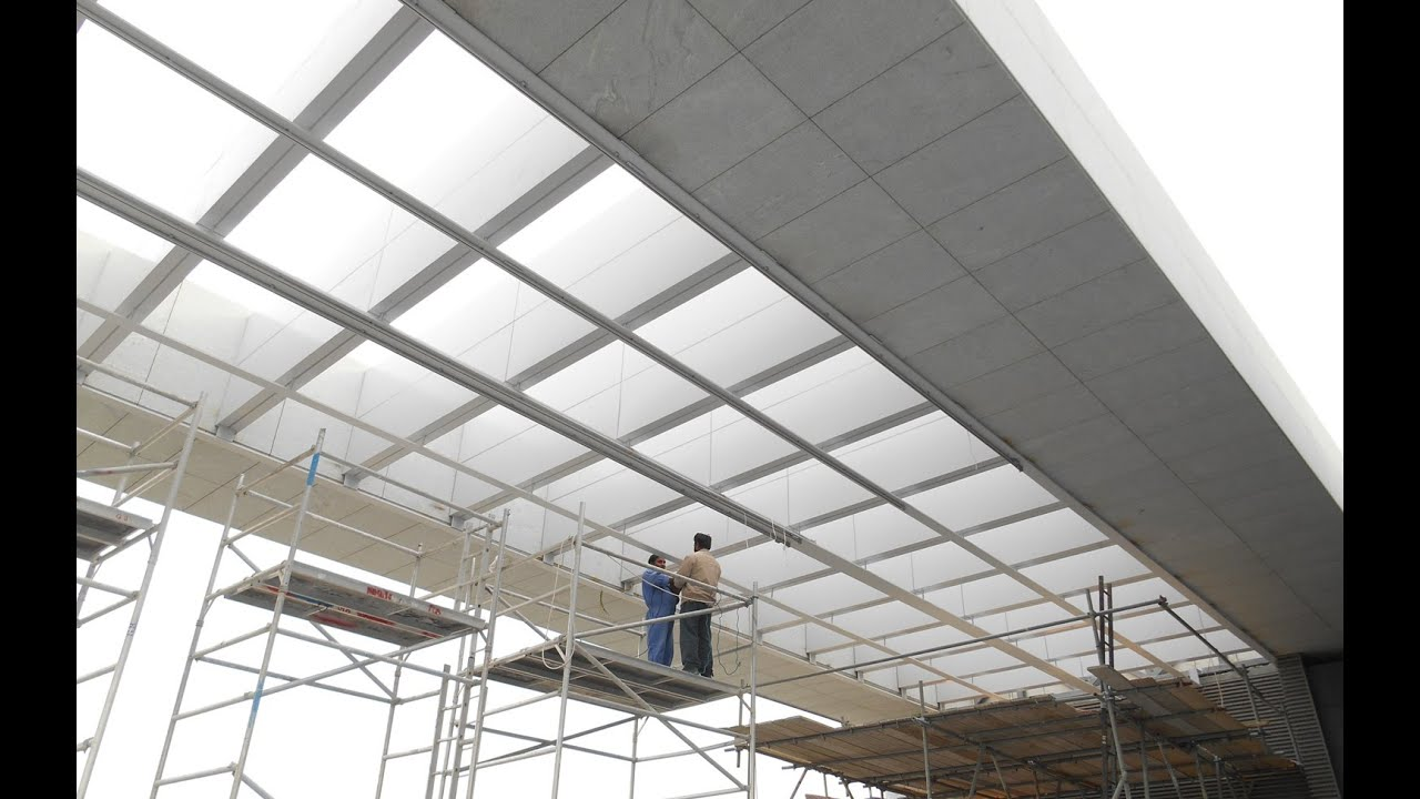 Large motorized pergolas with toso supertrac skylight for Large skylight