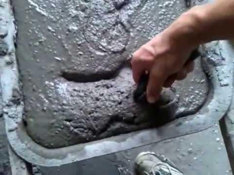видео: Тротуарная плитка своими руками -- это просто!