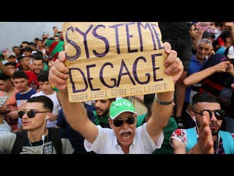 """Algérie : nouvelle manifestation pour réclamer la """"fin d'un système"""""""