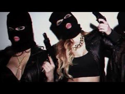 Два вора в масках трахнули девку видео #4