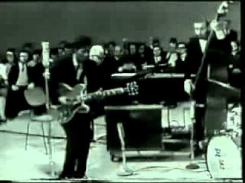 Chuck Berry Johnny B Goode Chords Chordify