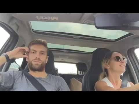Papu Gomez - Malditesta in auto, non sopporta la moglie che canta