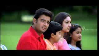 Priyamana Thozhi - Jyothika's introduction