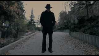 Fekete Teve - November (hivatalos HD)