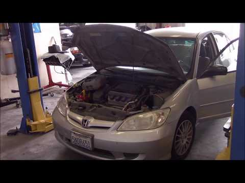 Clutch Replacement pt.1  (2005 Honda Civic)