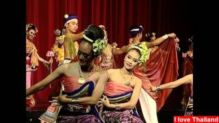 Thai traditional dance with the graceful movements of the dance : タイ舞踊 美女のしなやかな手の動き Vol.06