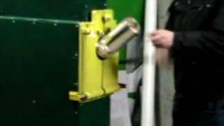 видео Оборудование для резки бумаги различной плотности. Бобинорезательные машины для бумаги — «Эксимпак-Оборудование»