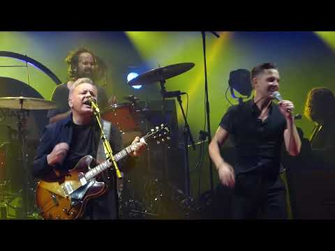 The Killers with Bernard Sumner - Crystal (New Order cover) live Manchester (2013)