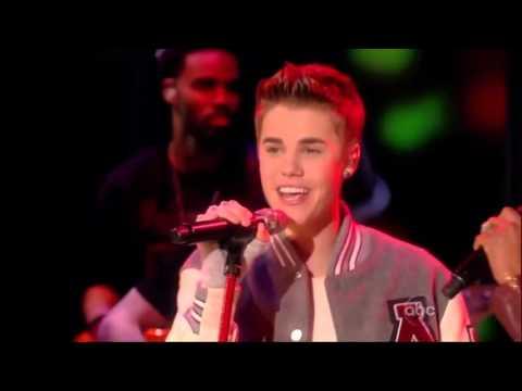 Justin Bieber & Mary J  Blige - Mistletoe