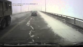 ДТП на Чусовском мосту 17 января 2014 года