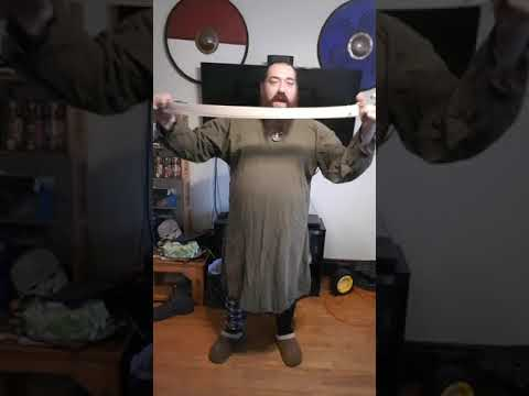 Quick and Dirty Norseman Costume Tutorial thumbnail