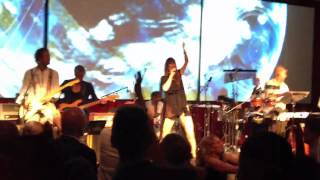 Clara Sofie - Når tiden går baglæns (Live)
