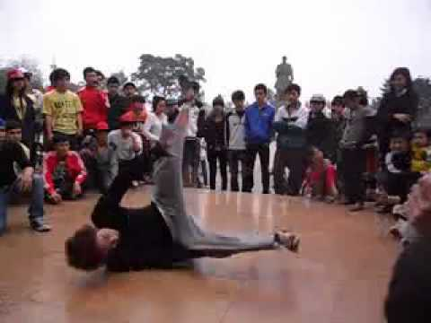 Bboy Cat (the Kings crew) vs Juro (The King crew) - Final Battle in Nam Dinh city