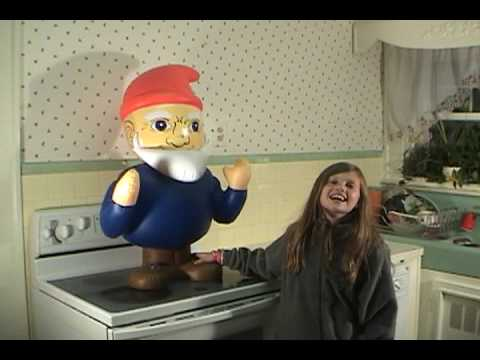 Funny Stuff   Giant Inflatable Gnome