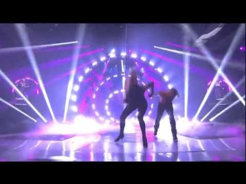 Jennifer Lopez & BF Casper Smart Hott American Idol Dance 2012