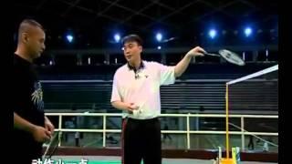 羽毛球教学 专家把脉【27】反手扑球 前场步法