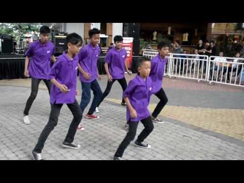 NiuBlock Shuffle Dance