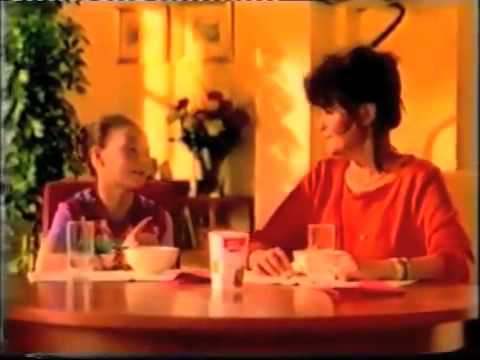 Mona commercial | Wat is er al niet bespoken bij een Mona toetje