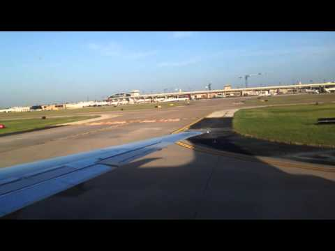 American Airlines MD-80 landing in Dallas Fort/Worth From Austin