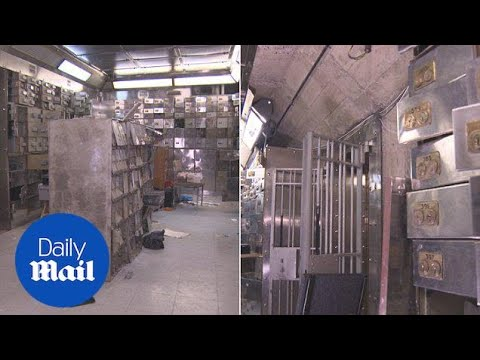A look inside the ransacked vaults following Hatton Garden heist - Daily Mail