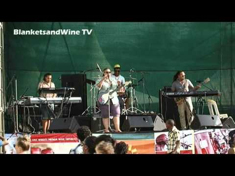 Claire Phillips live @ Blankets and Wine April 2012.mp4