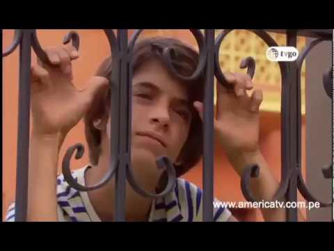 Paul Martin actor peruano canta UN AMOR DEL AYER