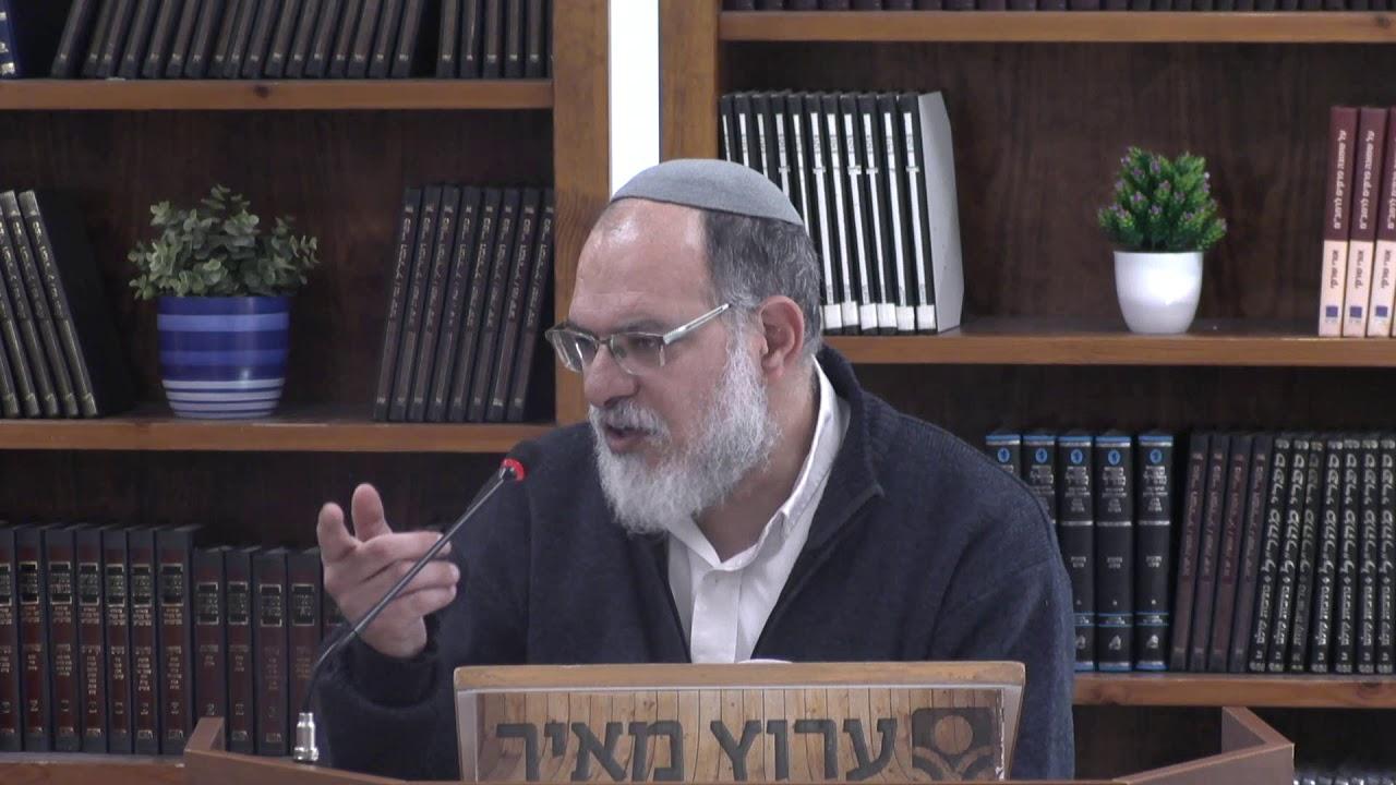 רבי מאיר ורבי יהודה בכניסה למכון מאיר