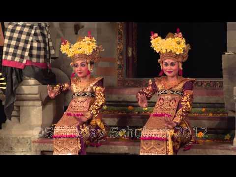 Танцы Бали Легонг и Баронг Balinese dances Legong and Barong Ubud, Bali