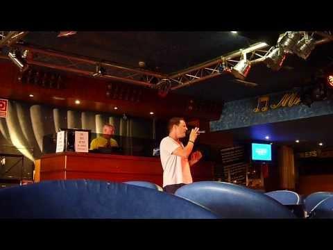 U2 - One (Karaoke @ The Palladium, Benidorm)