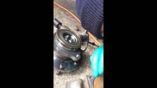 How to replace front wheel bearing hub assembly in a 2005 gmc sierra 2500HD 4X4