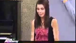 كريمة في حصة المسرح عن امها