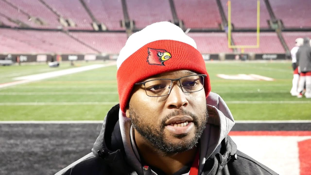 Petrino's son finds acceptance in coming out