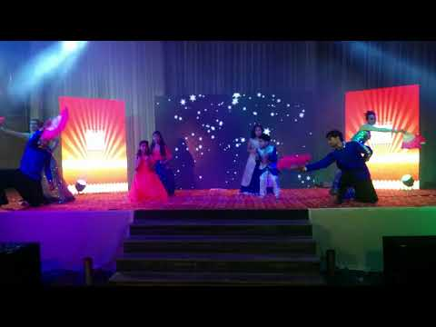 Kids dance (Kartik, Peehu) kala chashma, aaj ki party