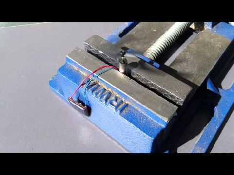 Miniature Motor with Propeller Powered by Solar Cell
