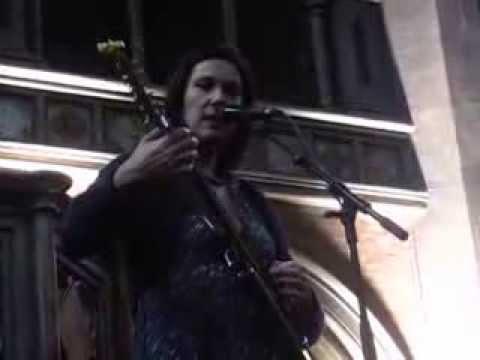 Lætitia Sadier - Between Earth And Heaven (Live @ Daylight Music, Union Chapel, London, 19/10/13)