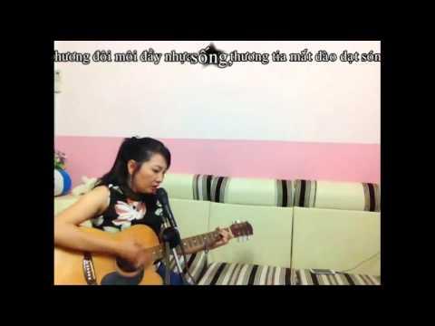 CĂN NHÀ MÀU TÍM - Guitar