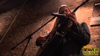 Chris Stapleton - Whiskey and You | Beaver 100.3 Songwriter Showcase