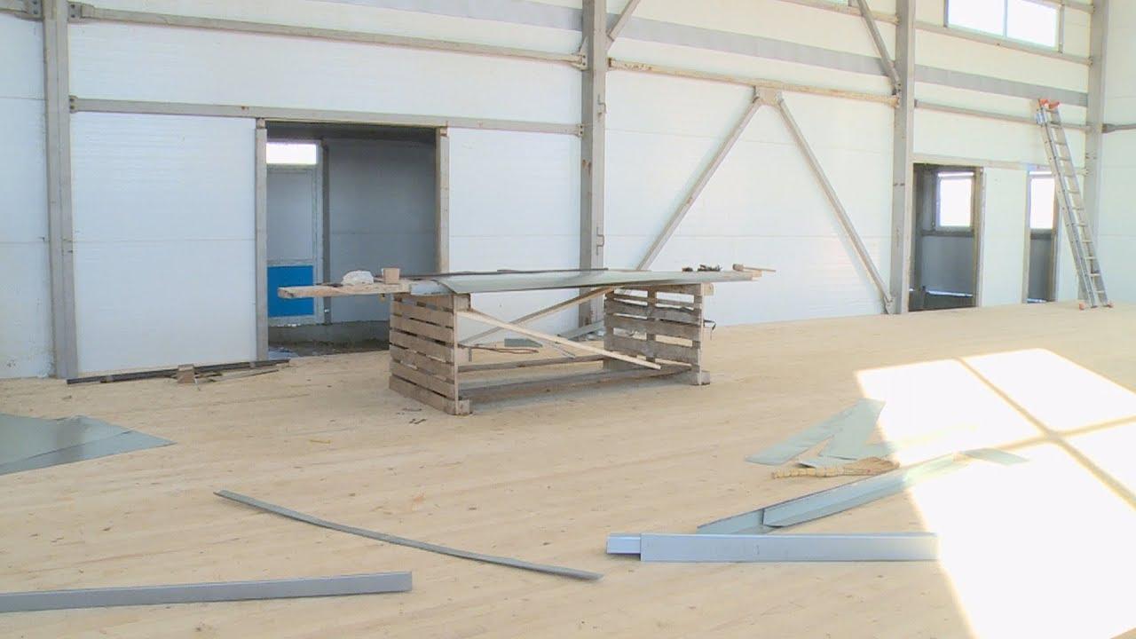 Модульну спортивну залу будують у Печеніжинській ОТГ (відеосюжет)