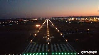 Amazing 737 cockpit visual approach landing at Nice RW 22R