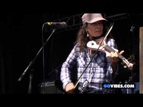 """Donna The Buffalo performs """"Forty Days & Forty Nights"""" at Gathering of the Vibes Music Festival 2014"""