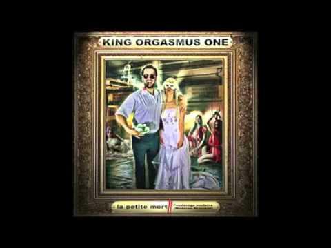 Farid Bang - Rattatta Peng (Feat. Bass Sultan Hengzt & King Orgasmus One) 2010
