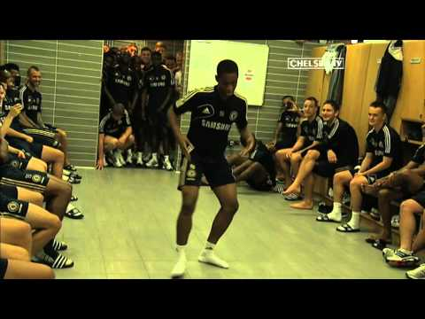 SHAPES! The 2012 Chelsea FC Academy Dance-Off