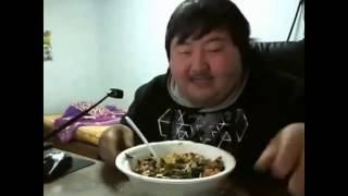 Fat men tricks. Приколы с толстяками